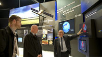 Gerd Gruppe and Jean-Jacques Dordain visit the ESA pavilion