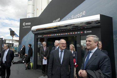 Jean-Jacques Dordain and Antonio Tajani in front of the ESA pavilion