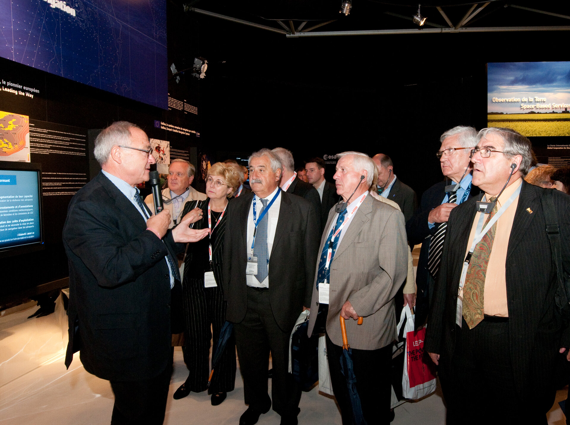 Jean-Jacques Dordain and the French Parliamentary Group on Space visit the ESA pavilion