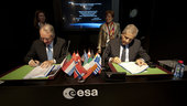 Antonio Fabrizi, ESA Director of Launchers and Luigi Pasquali, P