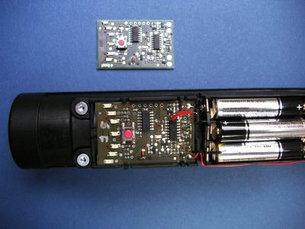Space dust sensor for vacuum cleaning