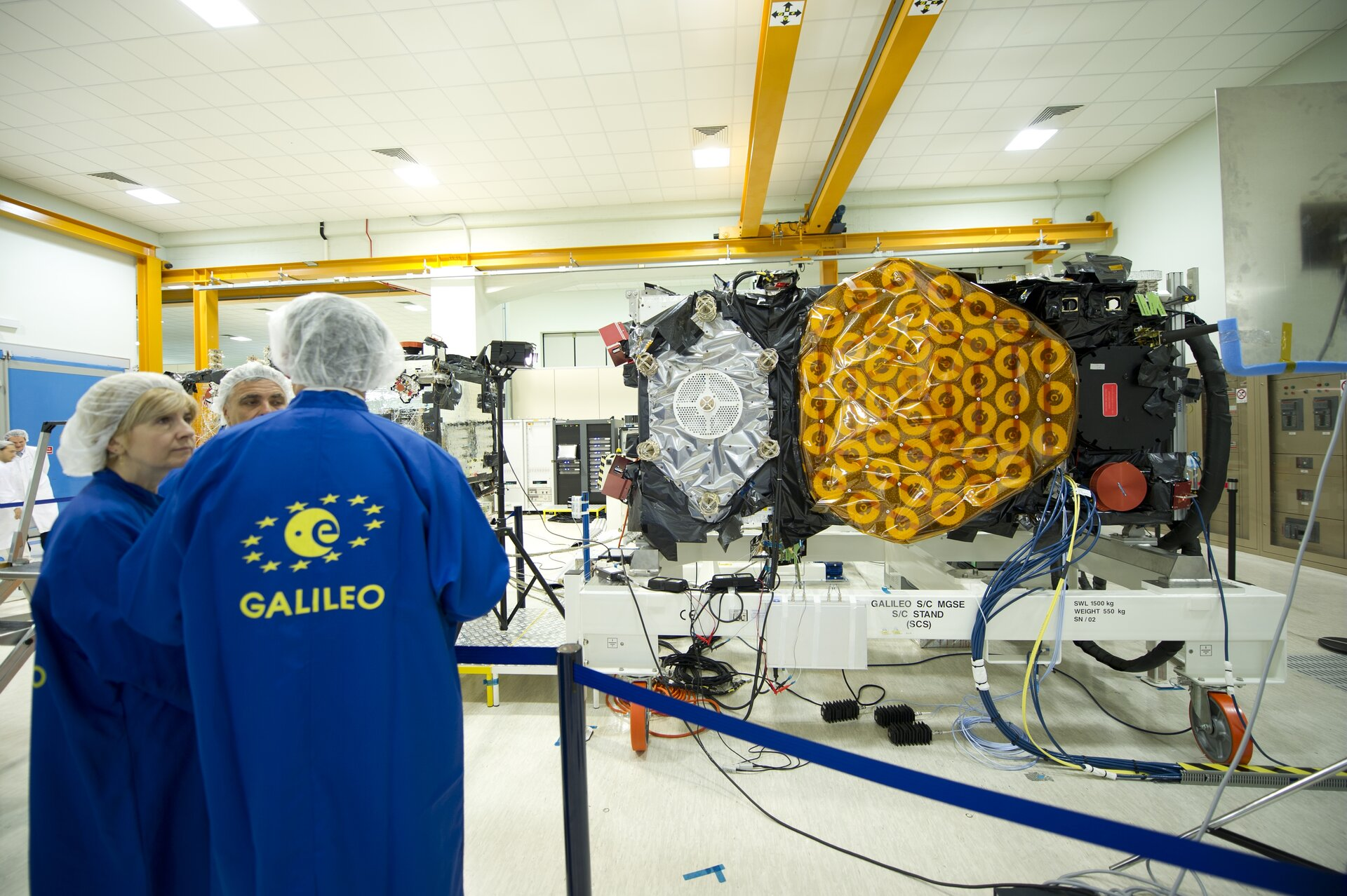 IOV assembled and tested by Thales Alenia Space