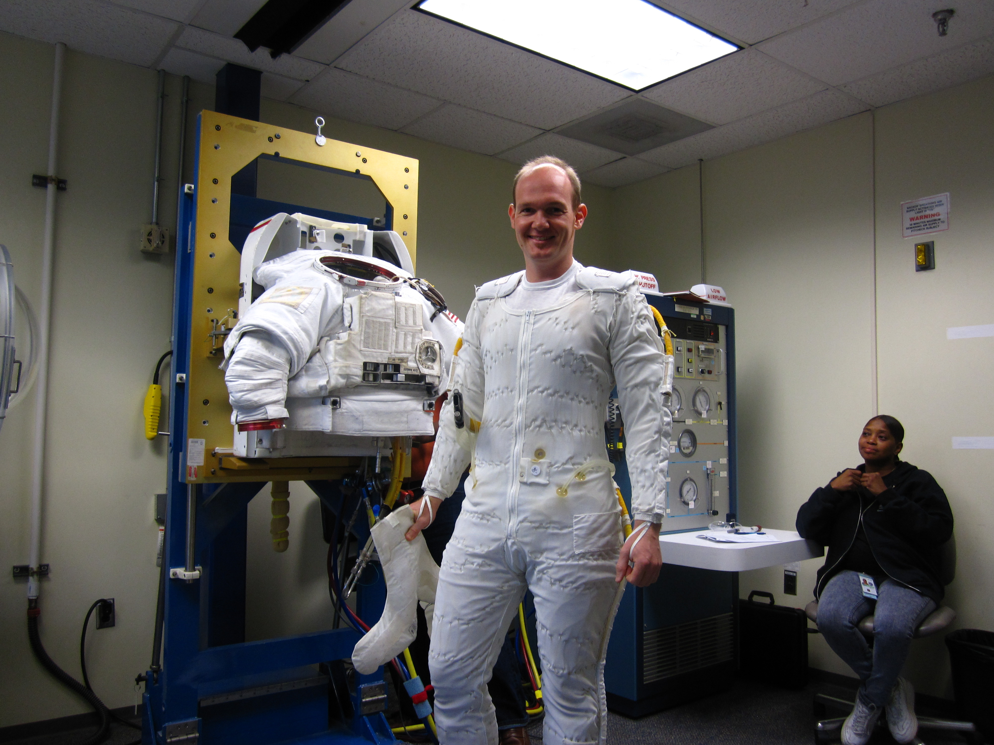 Space in Images - 2011 - 09 - Alexander Gerst at a ...