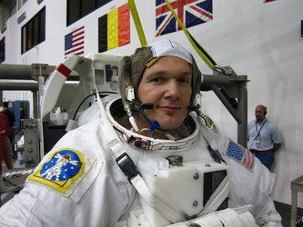 Alexander Gerst in spacewalk training