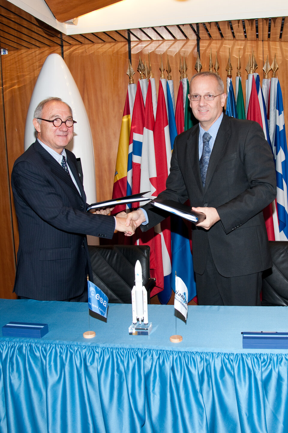 BepiColombo launch contract signature