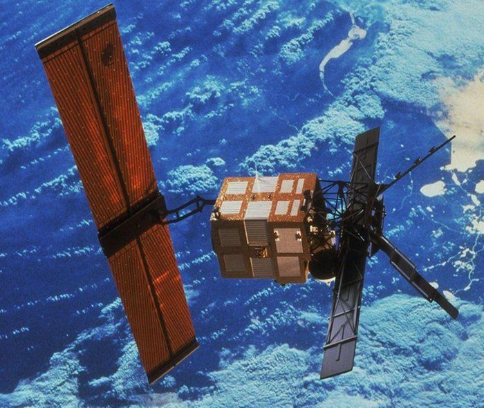 In 2011, ERS-2 was retired after 16 years of service and was reorbited into a safe disposal orbit in compliance with ESA space-debris mitigation guidelines