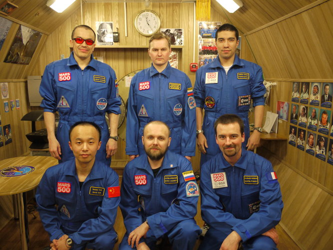Crew portrait on 3 September 2011