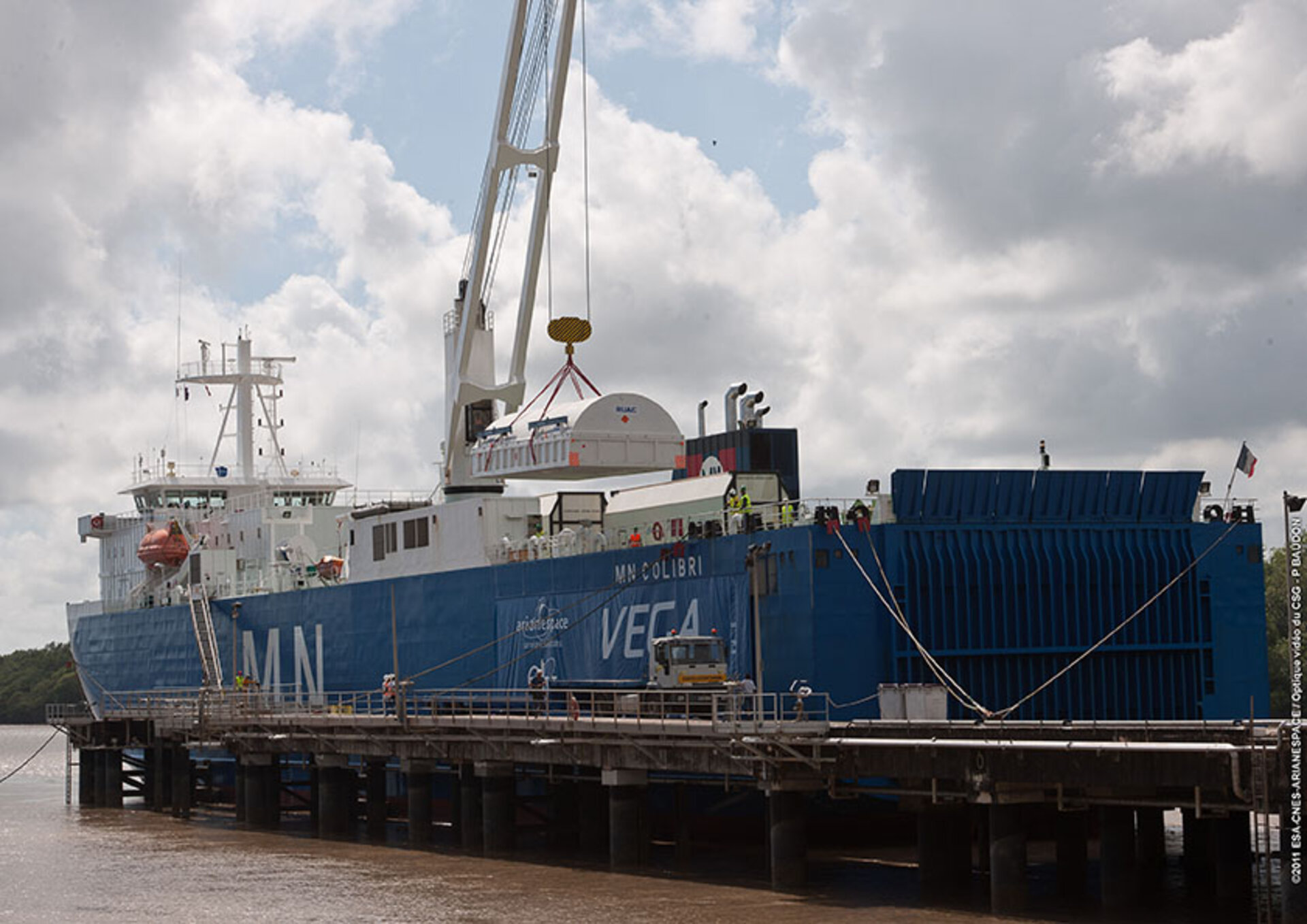 Vega elements being unloaded at Kourou harbour