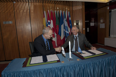 Jean-Yves Le Gall, CEO of Arianespace (left) and Antonio Fabrizi, ESA Director of Launchers (right)