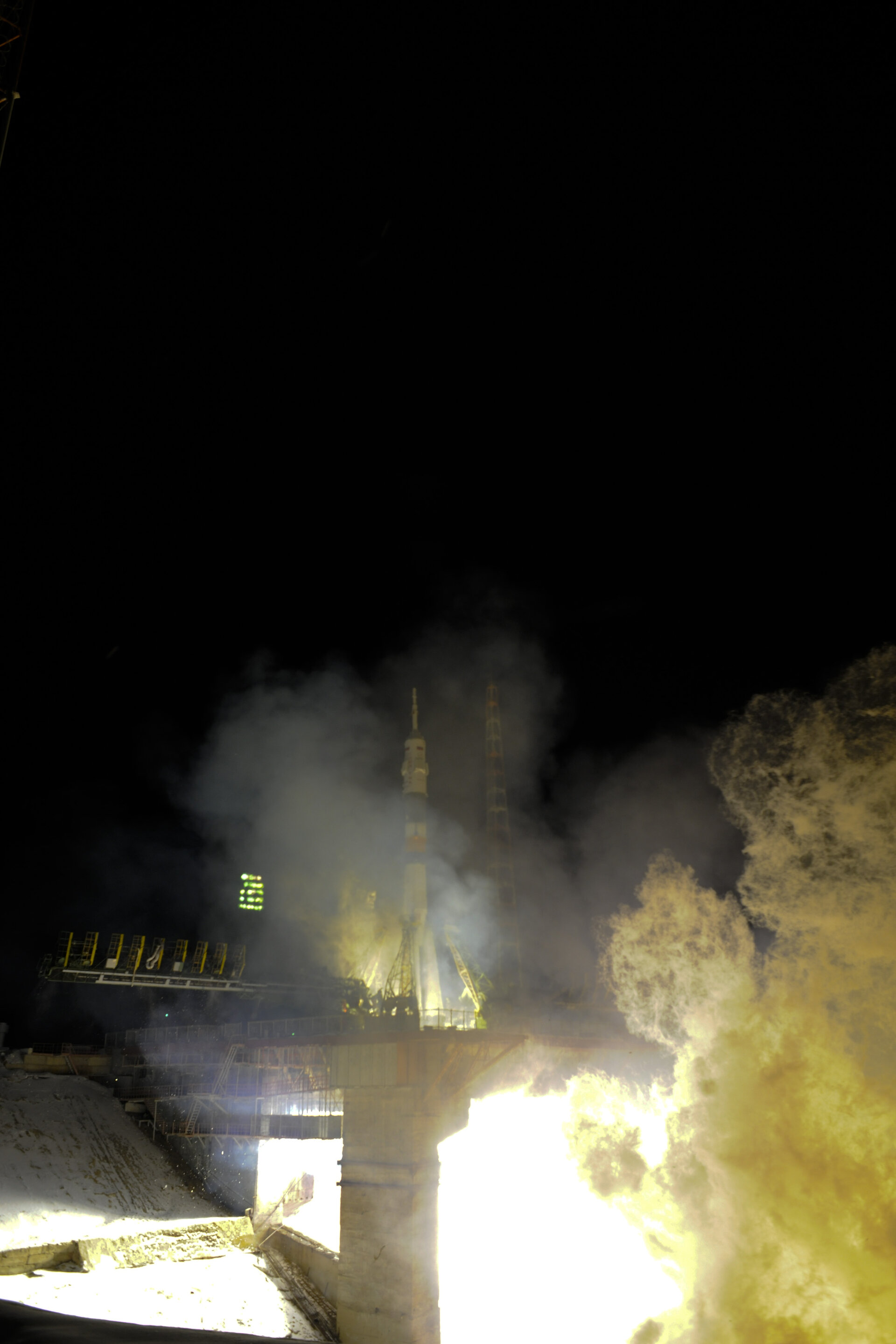 Launch of the TMA-03M Soyuz on 21 December 2011