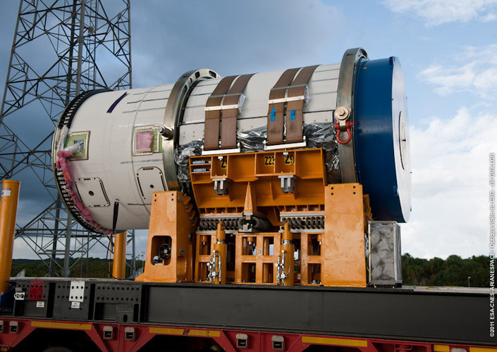 Zefiro-9 moving to launch pad