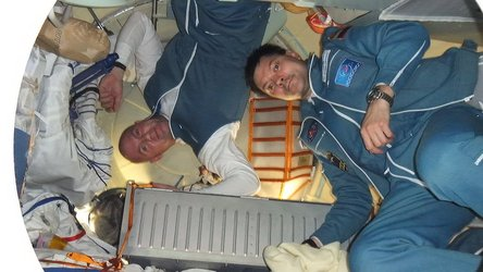 Andre Kuipers and Oleg Kononenko arrive at the ISS