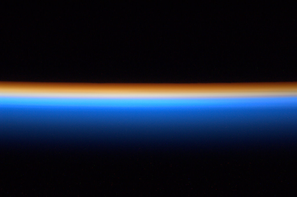 Space In Images 2012 01 Sunrise From The Iss