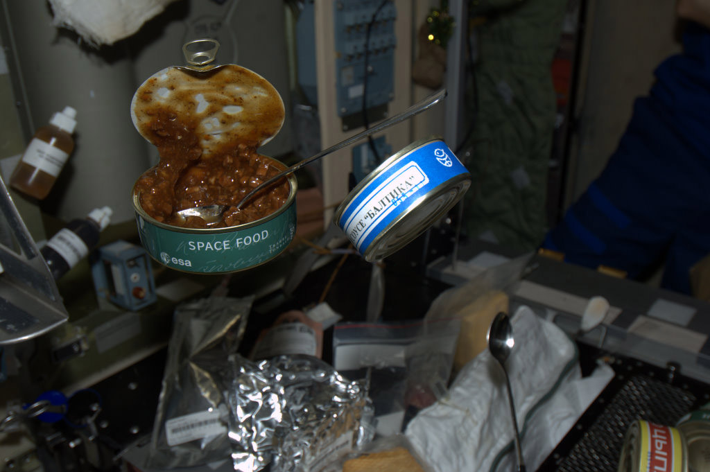 Space in Images - 2012 - 02 - Space food
