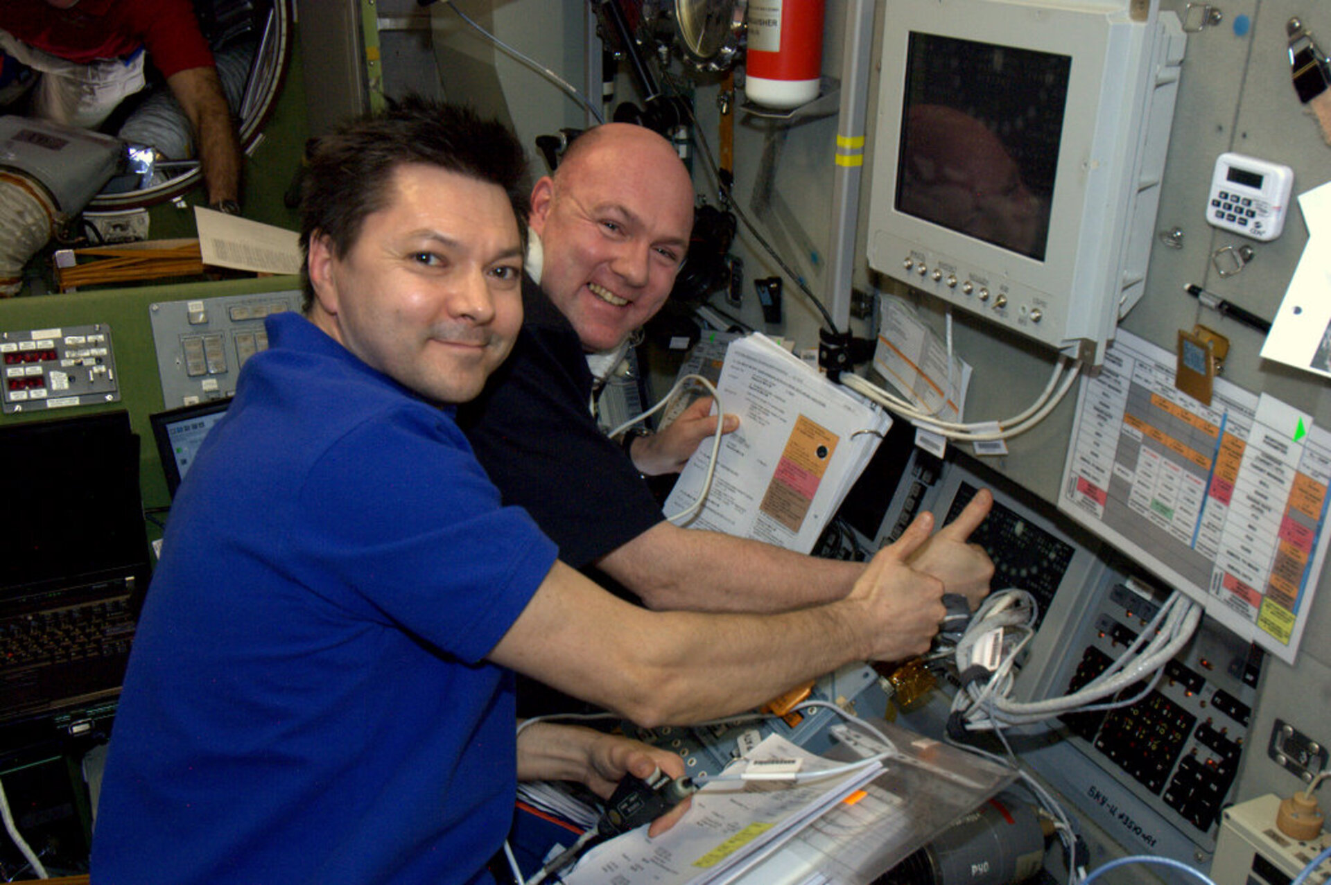 Kuipers and Kononenko during ATV-3 docking