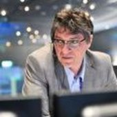 MetOp-B Flight Operations Director H. Côme at ESOC