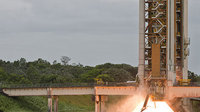 Ariane 5 booster test-firing