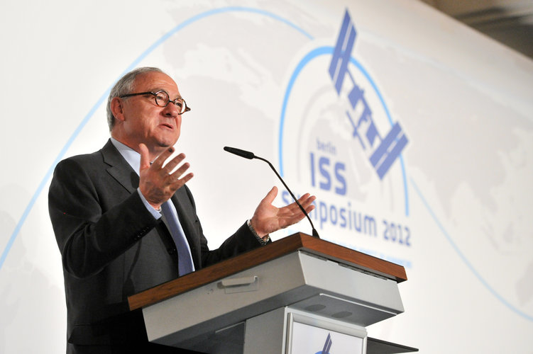 Jean-Jacques Dordain at ISS symposium 2012
