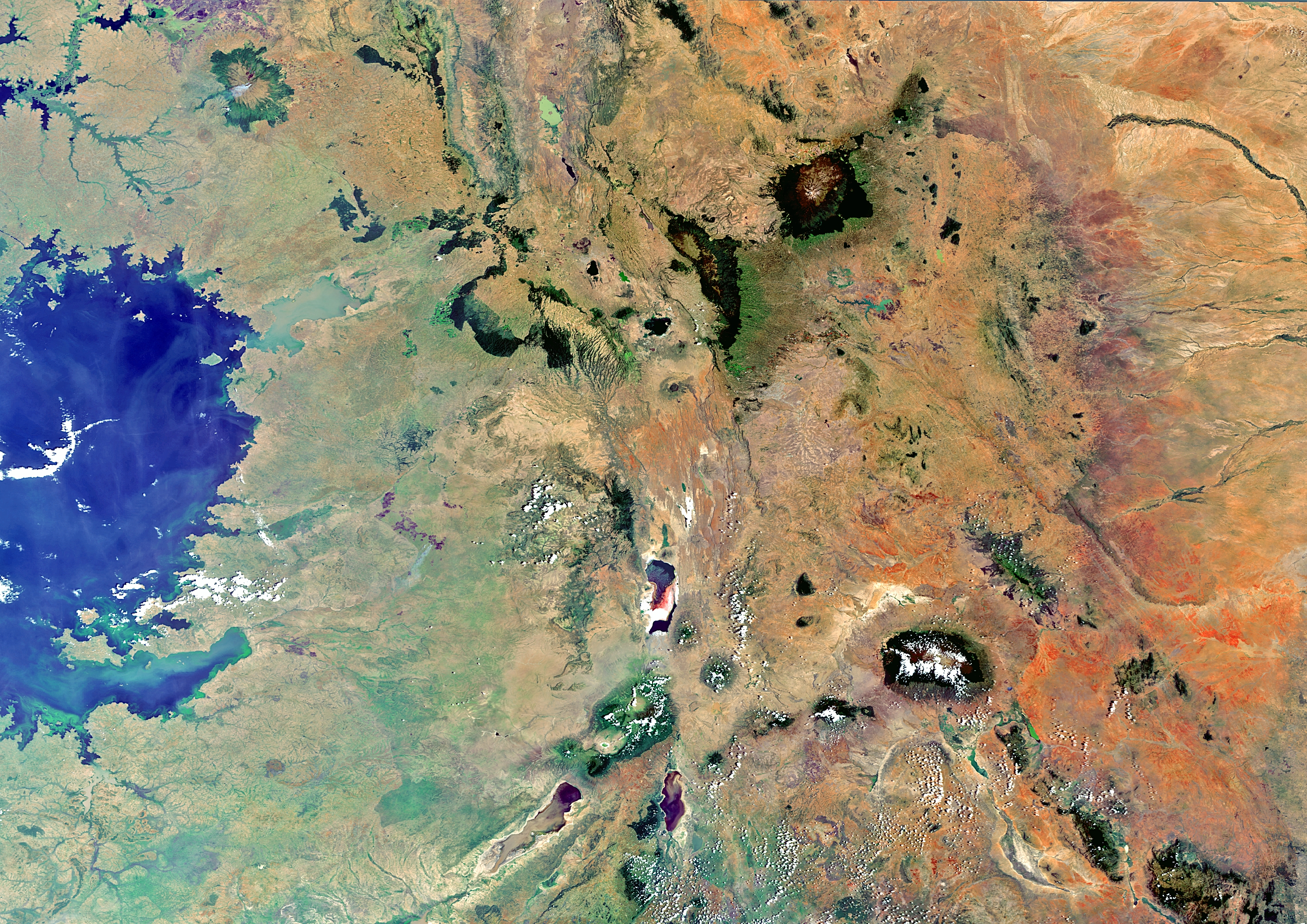 hookup kenya uganda tanzania Kenya - uganda border: busia and malaba kenya - tanzania border: namanga and holili tanzania - uganda border: mutukula tanzania - burundi border:.