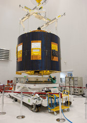 Immagine del satellite artificiale prima del suo lancio in orbita.