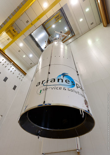 Ariane 5 fairing hoisted for MSG-3 encapsulation