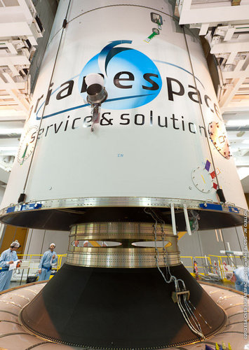 MSG-3 encapsulation in Ariane 5 fairing