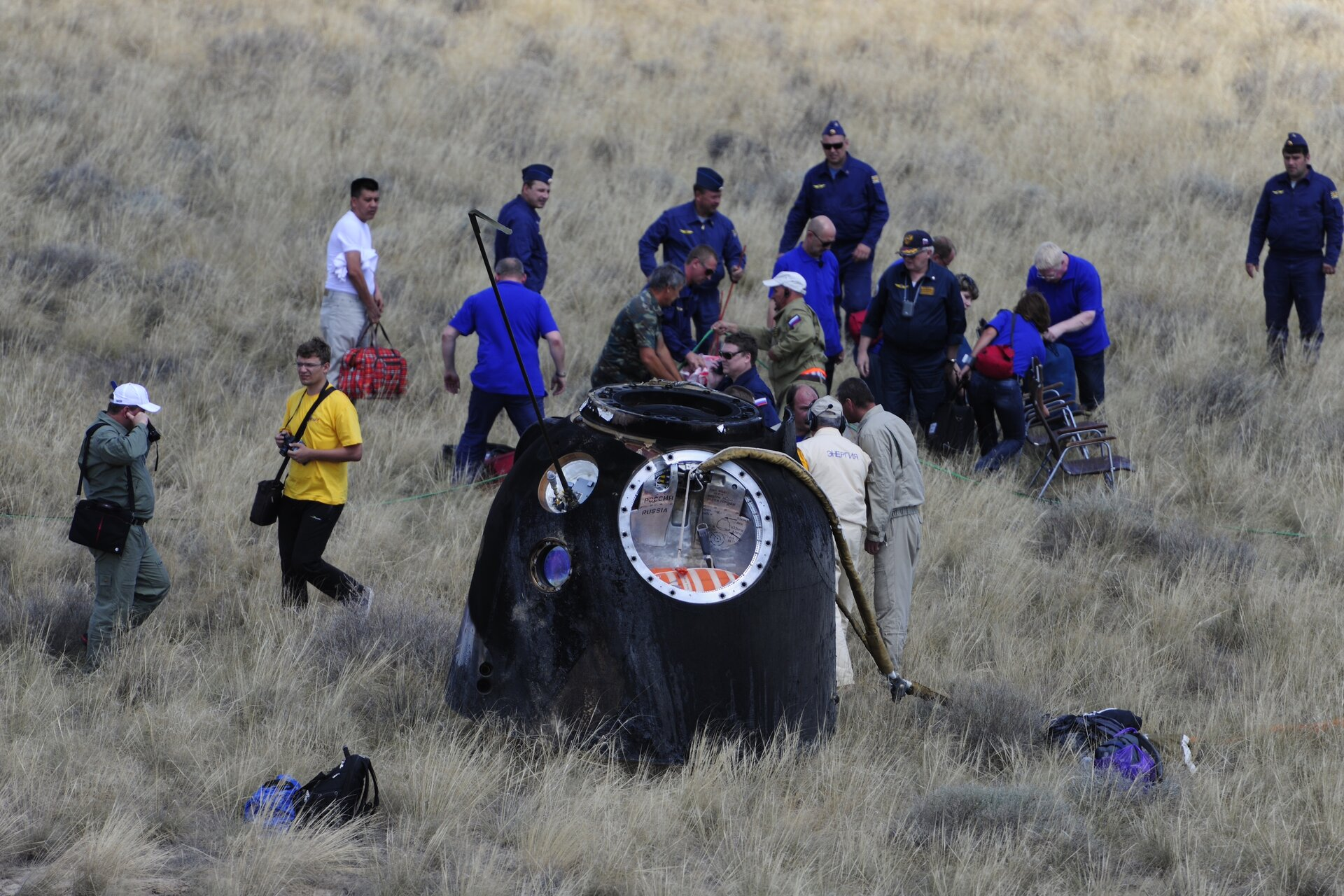 André's capsule's 2012 return to Earth