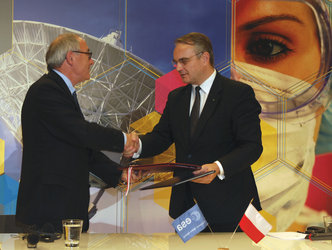 Exchange of accession agreements in Warsaw