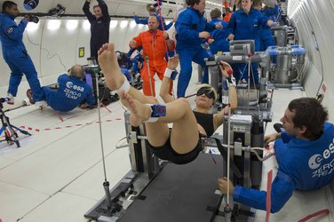 Hydronauts2Fly test subject in microgravity