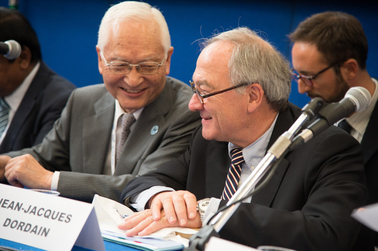 Keiji Tachikawa and Jean-Jacques Dordain at the press conference at IAC, 1st October 2012