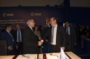 Meteosat Third Generation agreement signed at Ministerial meeting
