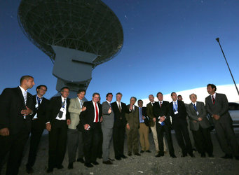 ESA and Argentinian guests gather for Malargüe inauguration