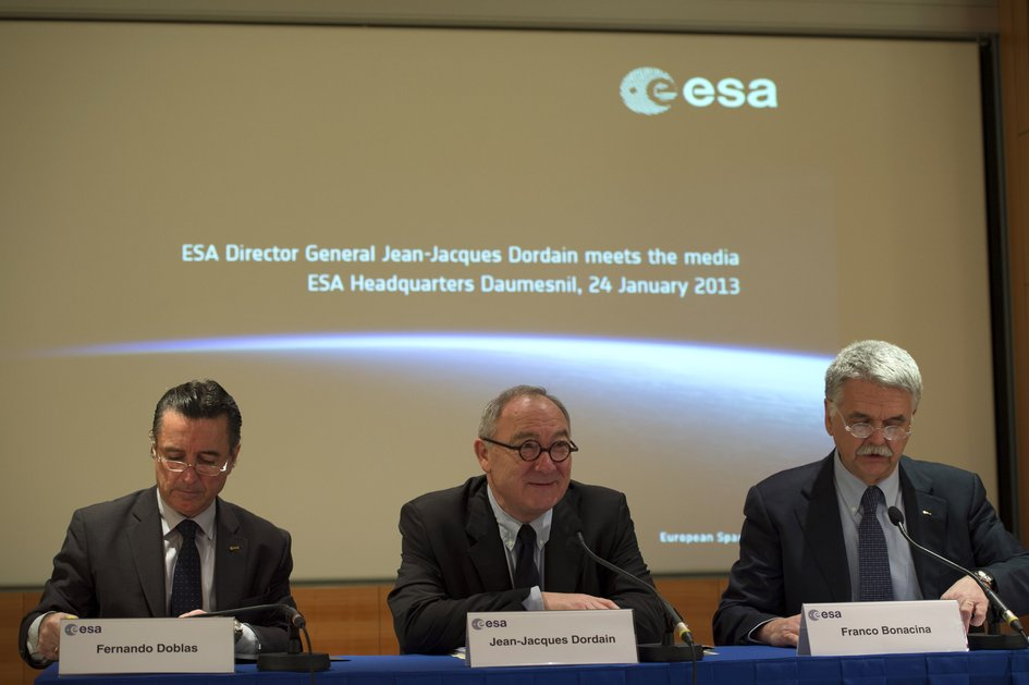Jean-Jacques Dordain during the annual press briefing on 24 January 2013