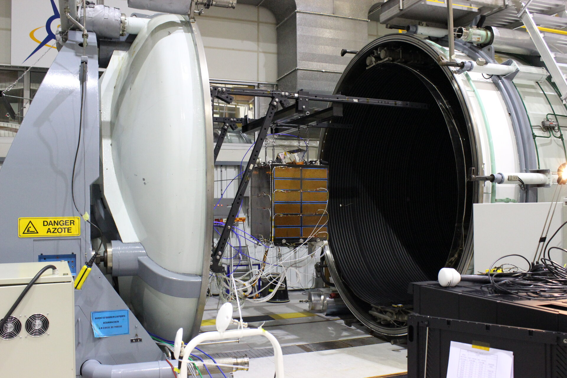 Proba-V ready for thermal vacuum testing
