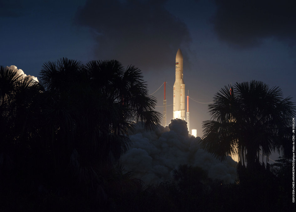 Lift off for Ariane 5 VA212