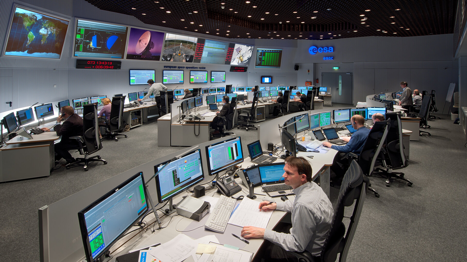 Main Control Room (MCR) at ESOC in Darmstadt