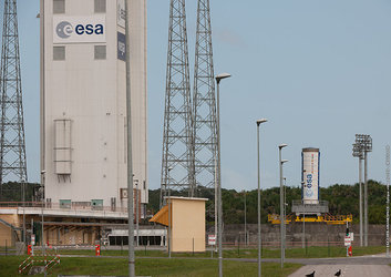 Vega P80 stage arrives in Kourou