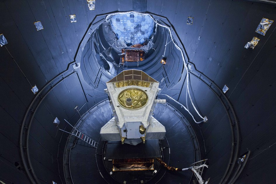 BepiColombo module in space simulator