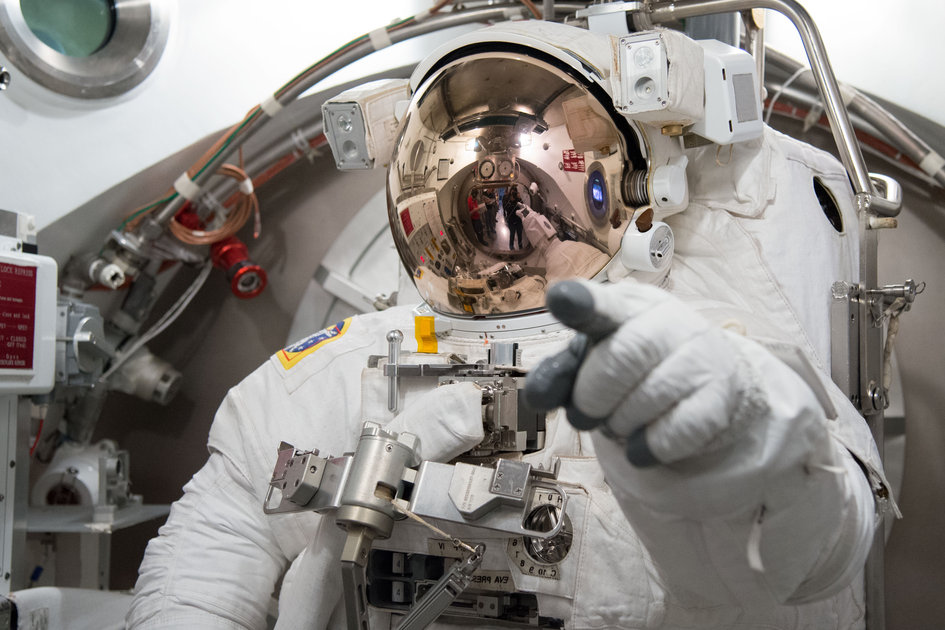 Luca Parmitano in EMU spacesuit fit check