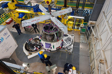 Vega VV02 AVUM final stage installed at CSG