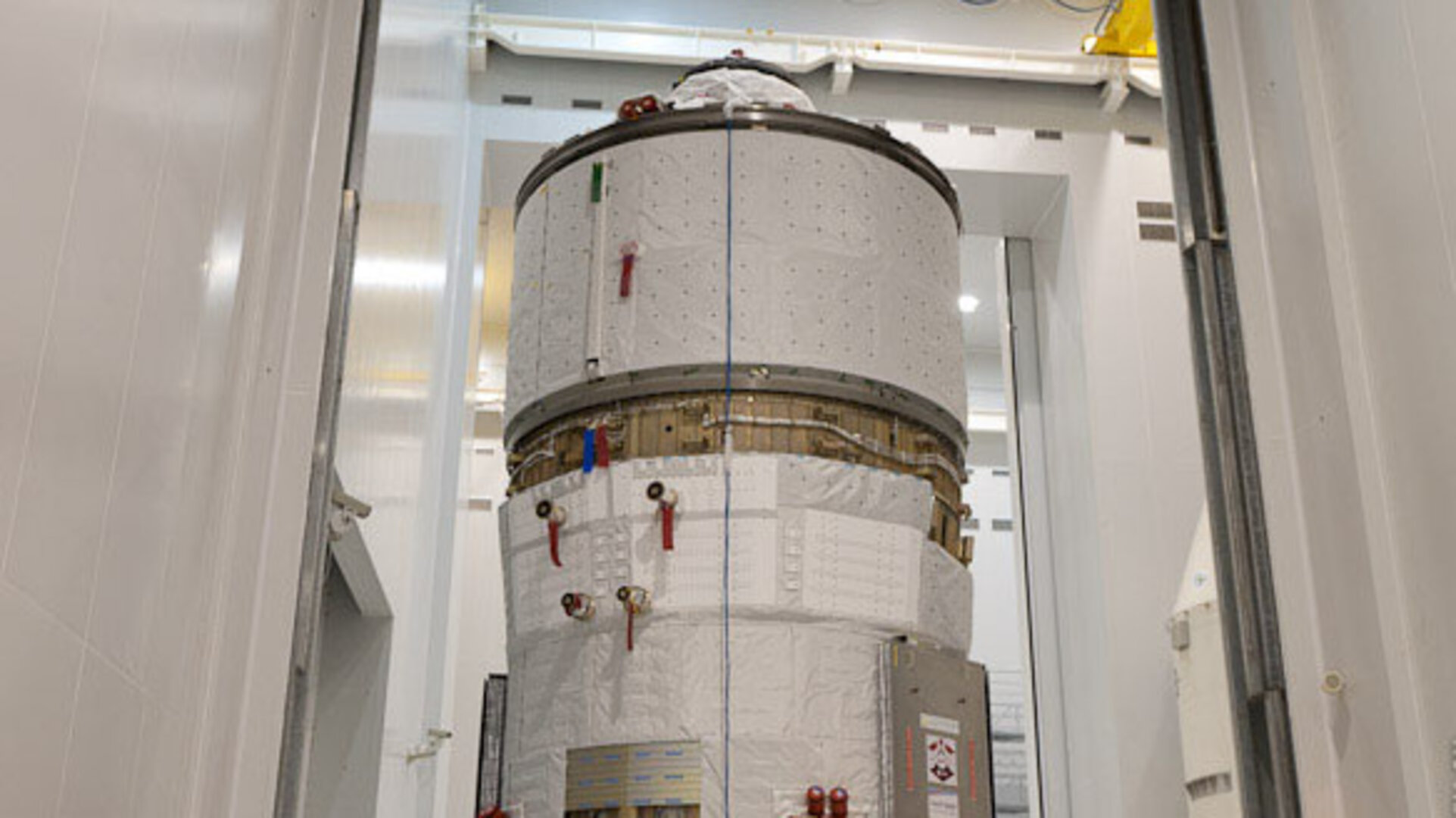 ATV-4 moved for fuelling