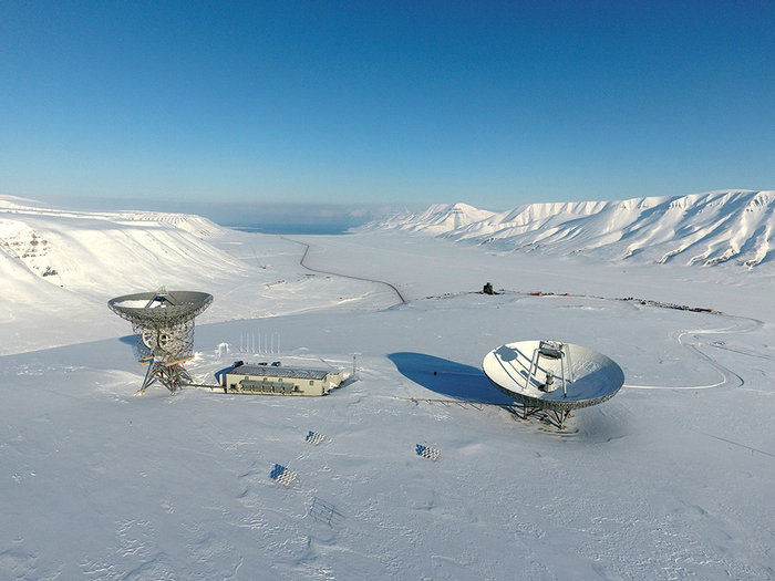 EISCAT Svalbard radarEISCAT Svalbard radar site features two antennas: a 32 meter mechanically fully steerable parabolic dish and a 42 meter fixed parabolic antenna