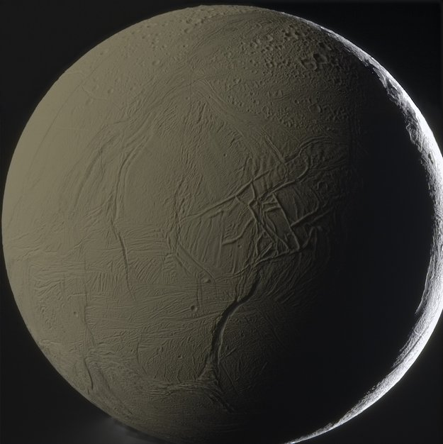 Facing_Enceladus_large.jpg