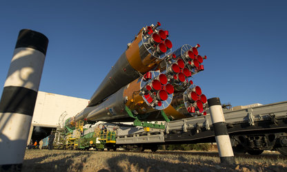 Expedition 36 Soyuz roll-out