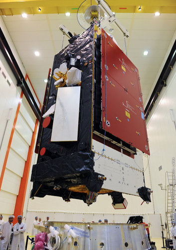 Alphasat's fit with its launcher is checked with an Arianespace flight adaptor