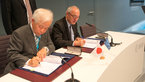 [15/36] Signature of an agreement between ESA and JAXA concerning cooperation in the field of Space components
