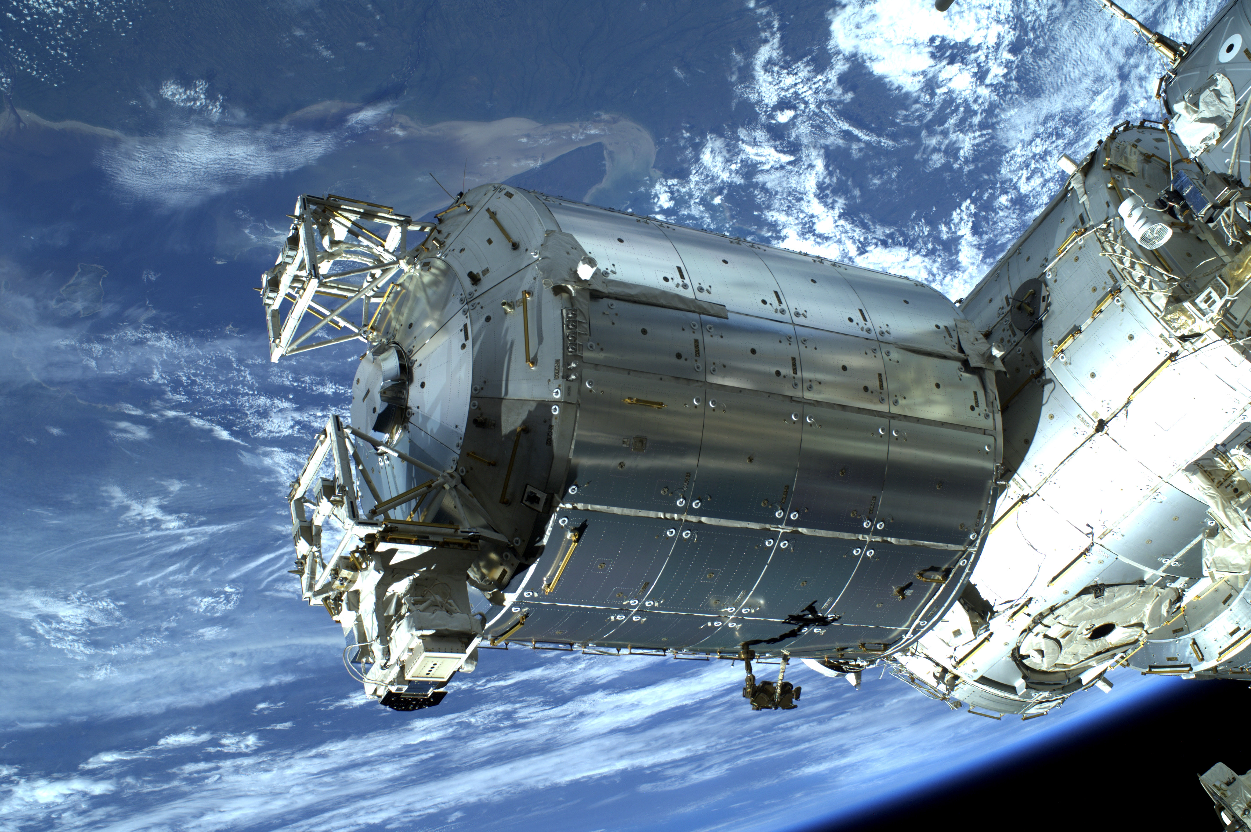 spacecraft farthest from earth - photo #36