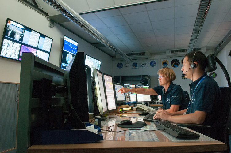 ESA Bio-Medical engineers coordinating the operations needed for medical support