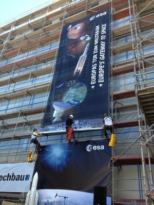 ESOC Climbing Club unfurls the banner