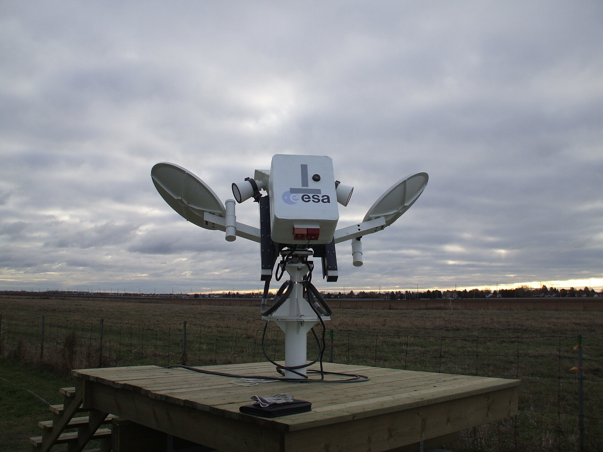 Ground-based satellite transponder